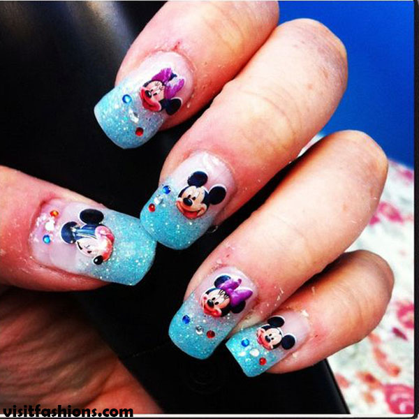 Minnie Mouse Snowflakes simple nail designs