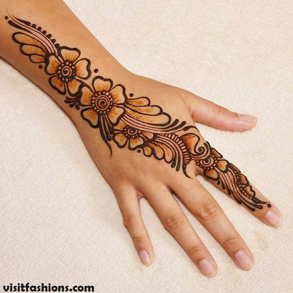 Simple And Easy Floral Mehndi design