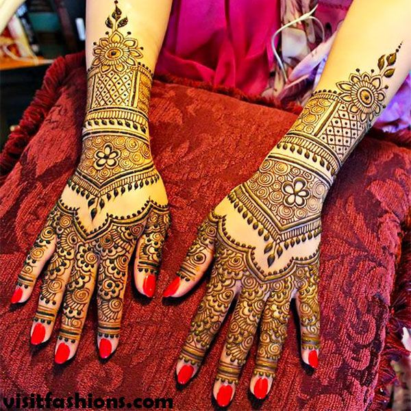Beautiful Turkish Hands Mehndi Pattern