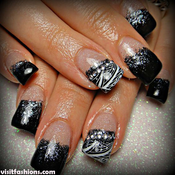 Black marble nails Desire Design