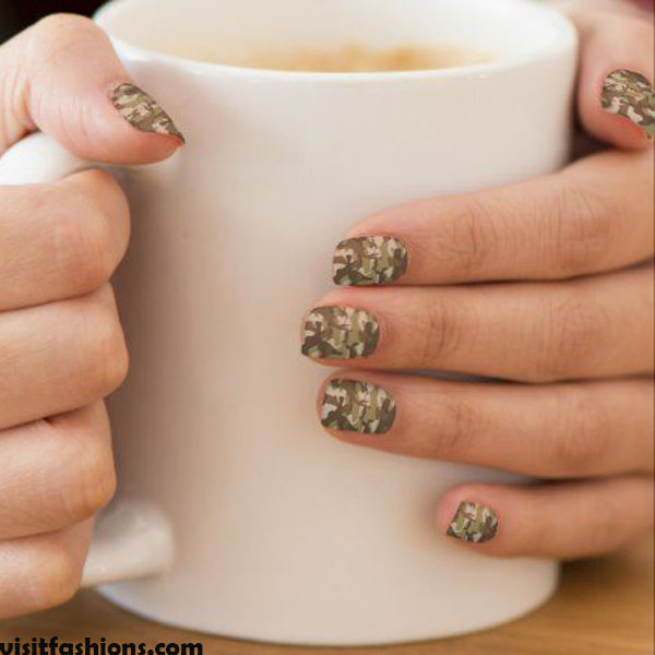 Camouflage Prints marble nails Design