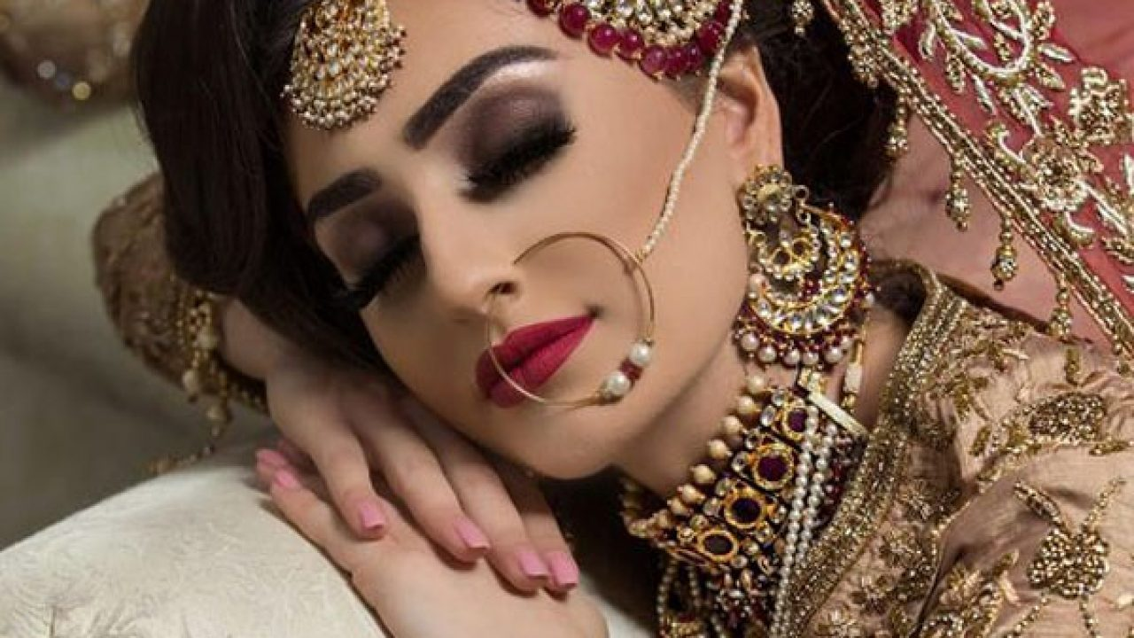 Stani Unique Bridal Makeup Styles