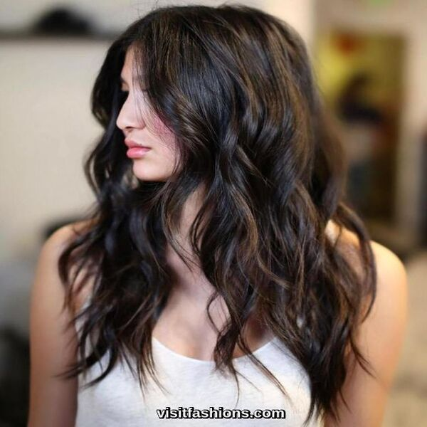 hairstyle for round faces