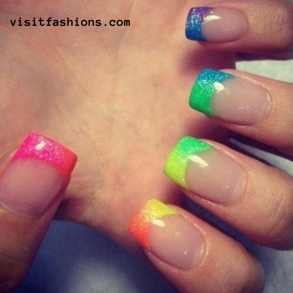 Multicolor tips nail art